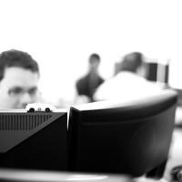 Ambiente de trabajo - dos monitores