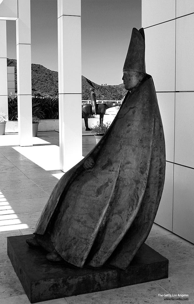 seated cardinal giacomo manzu