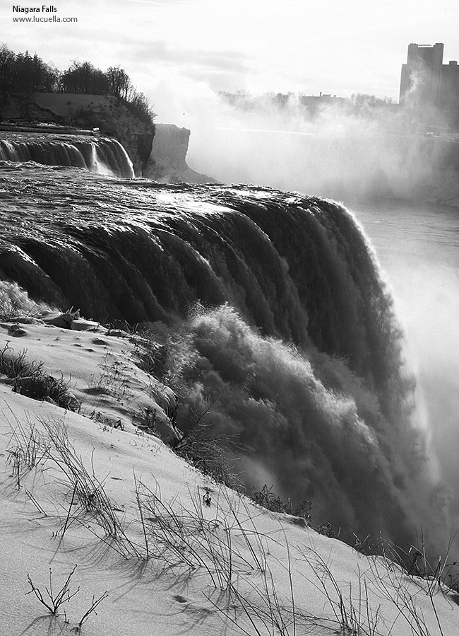 Niagara Falls, closer look