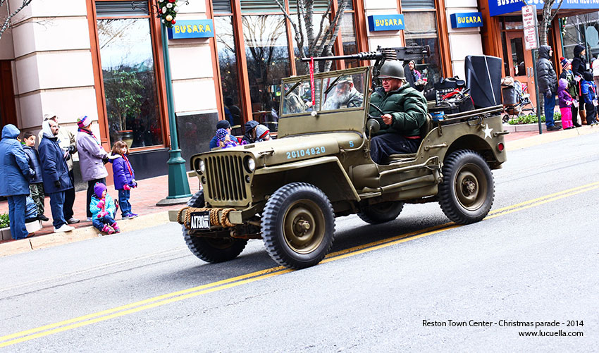 reston-town-center-parade-army-2014
